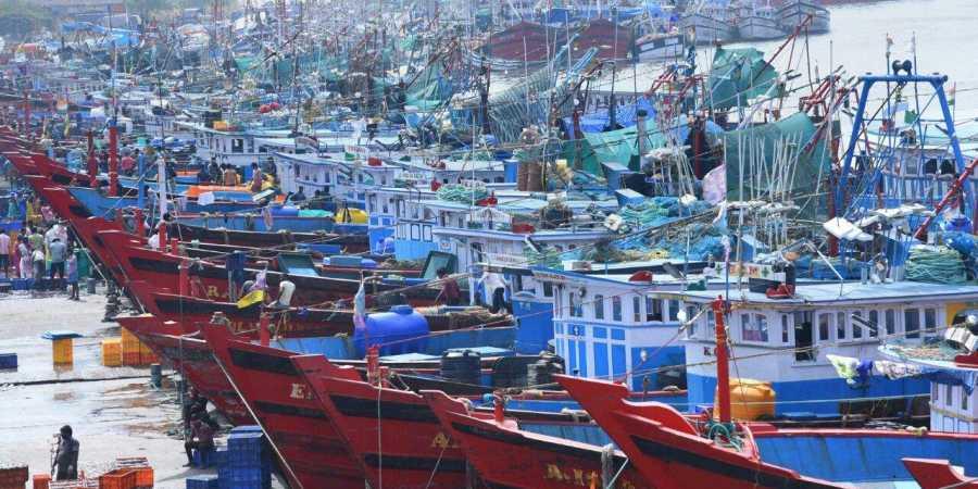 port fishing Yachts Fishing Boats